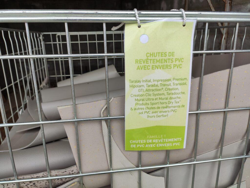 Bac de recyclage de chutes de PVC